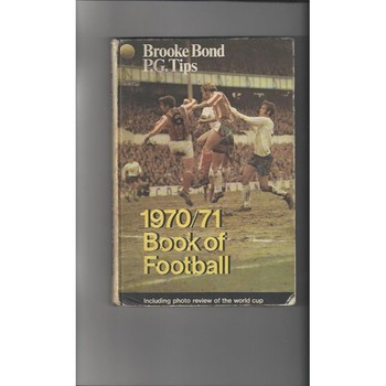 1970/71 Book of Football by Brooke Bond Hardback Edition Football Book