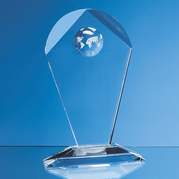 Optical Crystal Arch Award with Recessed Globe (18cm)