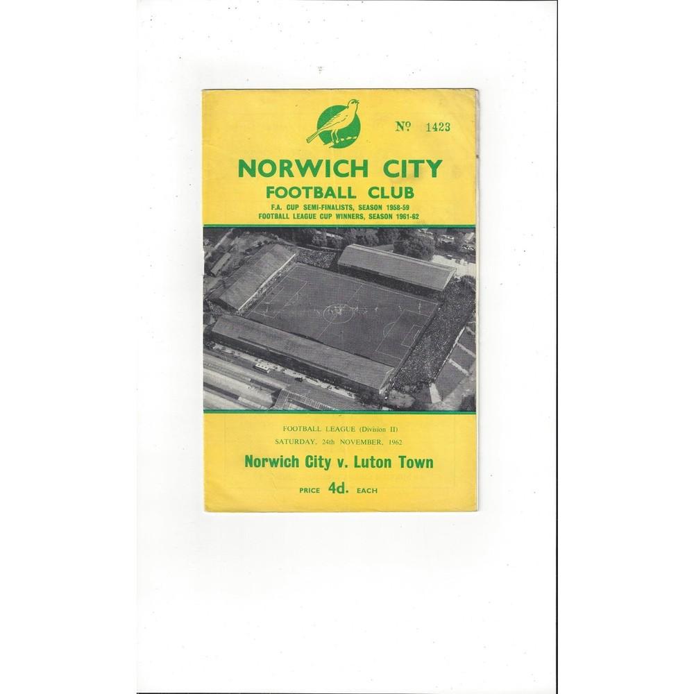 1962/63 Norwich City v Luton Town Football Programme