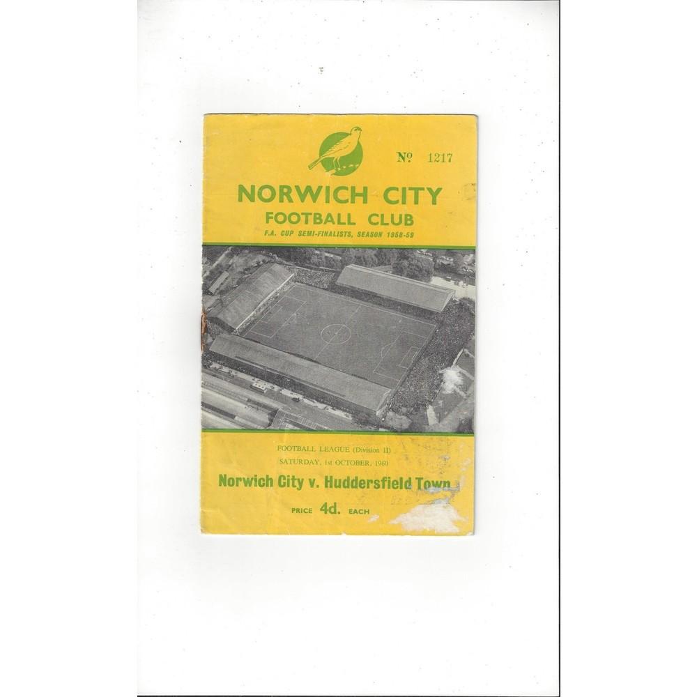1960/61 Norwich City v Huddersfield Town Football Programme