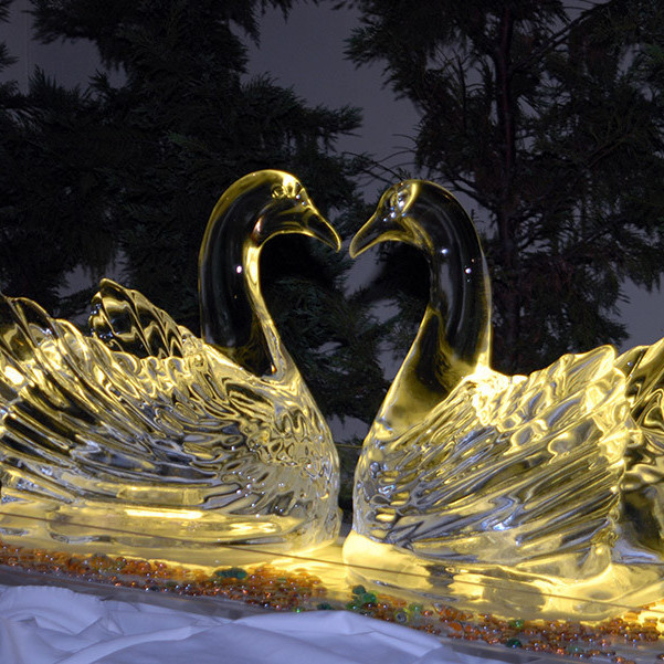 The Swan Ice Sculpture
