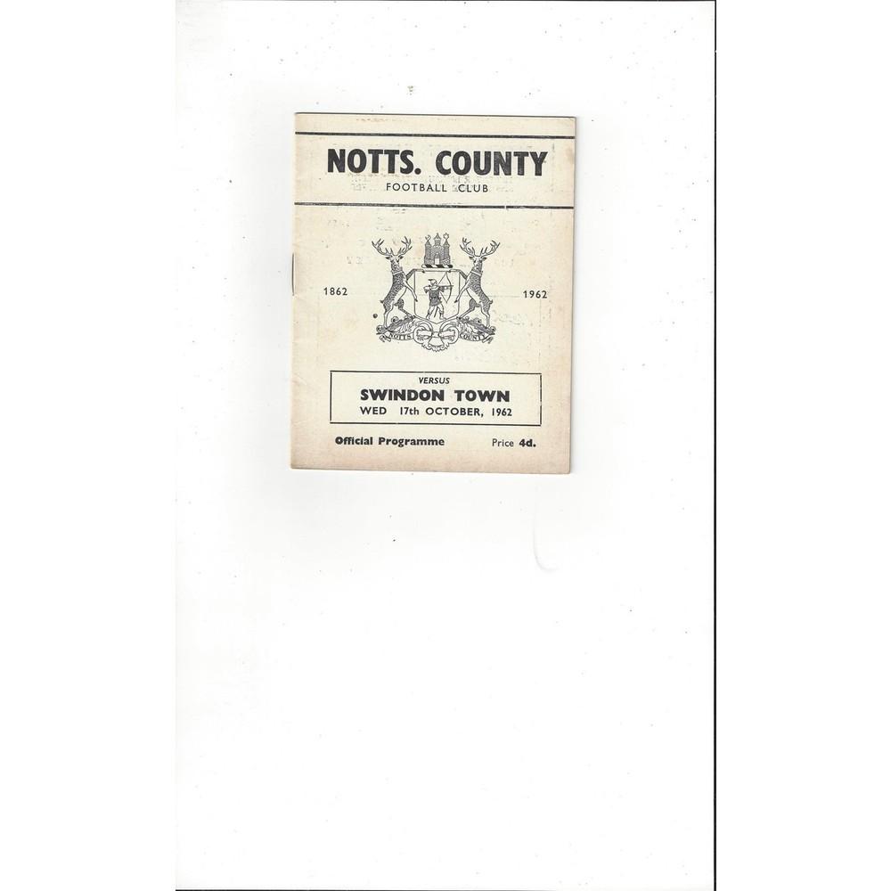 1962/63 Notts County v Swindon Town Football Programme