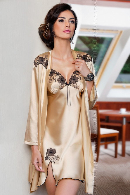 Petra Dressing Gown, Champagne, irll