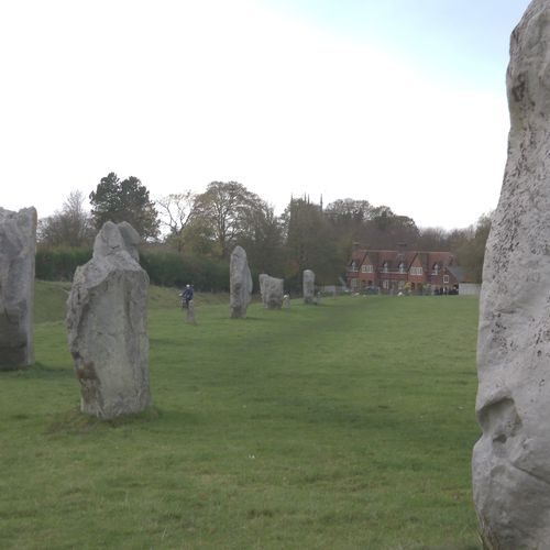 T2 Bristol to Lacock, Avebury & Stonehenge