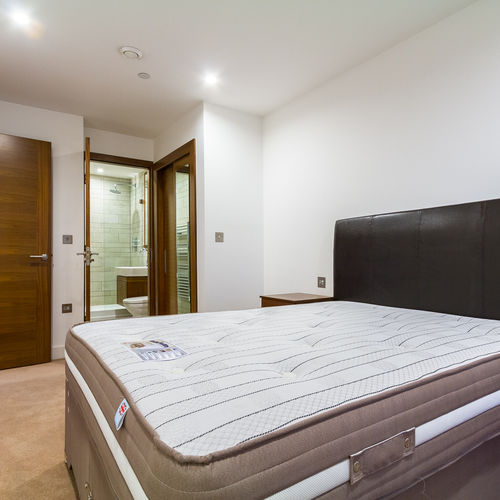 HAYES APARTMENTS CARDIFF CITY CENTRE TWO BEDROOM FULLY FURNISHED APARTMENT