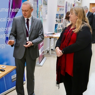 Minister for Skills and Technology visits JRBiomedical