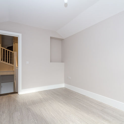 COVENY STREET SPLOT CARDIFF UNFURNISHED TWO BEDROOM DUPLEX FLAT