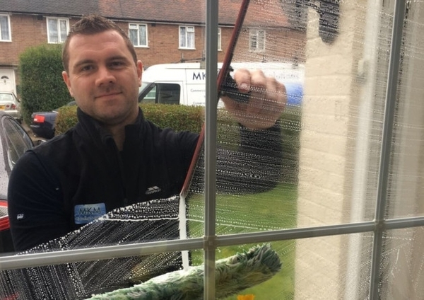 Colchester man hopes to smash window cleaning world record