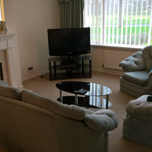 Albemarle Gate 3 Bedroom House overlooking Pittville Park