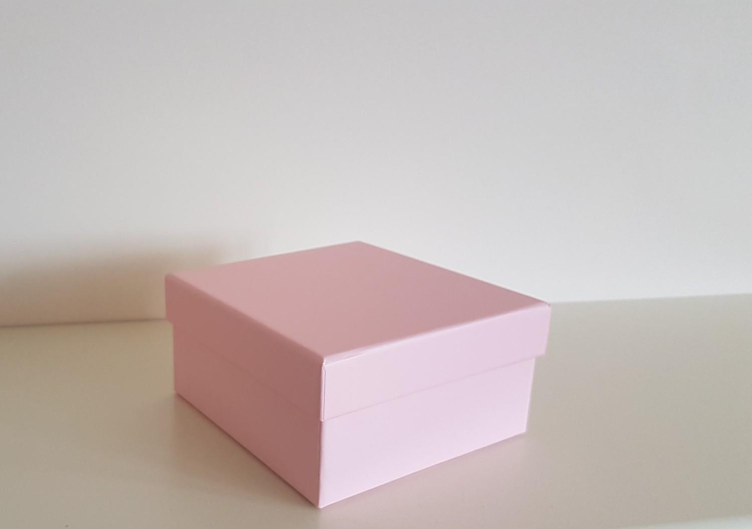 Pink Gift Box 11.6cm x 11.6cm x 6cm   Remember that card   Greeting ...