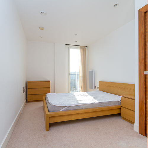 HAYES APARTMENTS CARDIFF CITY CENTRE FULLY FURNISHED TWO BEDROOM APARTMENT