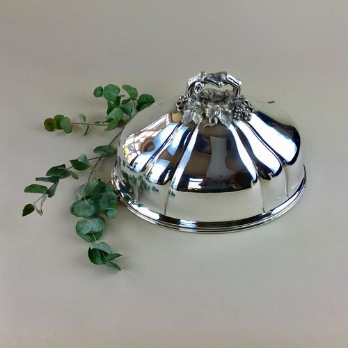 Superb quality silver serving dome Circa 1900