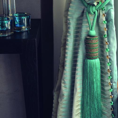 Houles Opale beaded tieback