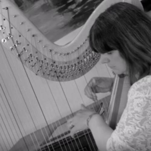 CHRISTINE - Harpist