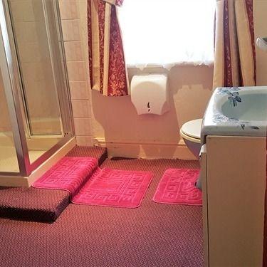 Single-Shared Bathroom