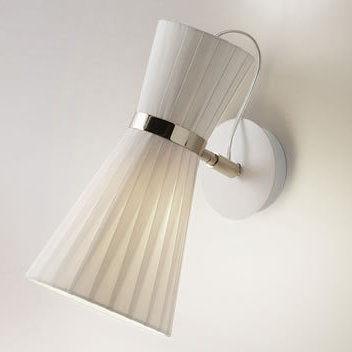 Heno wall light