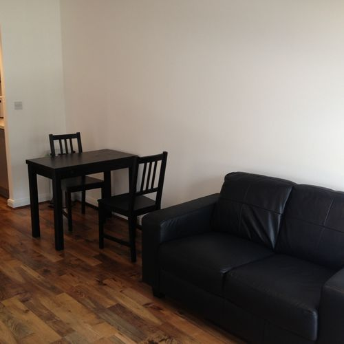LANDMARK PLACE CARDIFF CITY CENTRE FULLY FURNISHED ONE BEDROOM APARTMENT