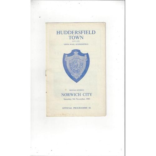 1963/64 Huddersfield Town v Norwich City Football Programme