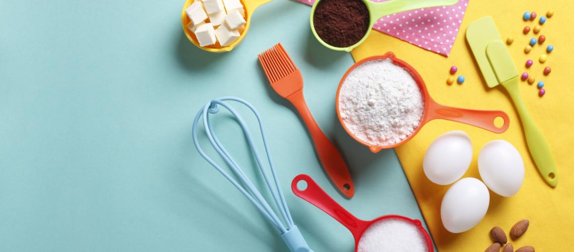 Cake decorating, sugarpaste, sugarcraft cutters, cake decorating tools