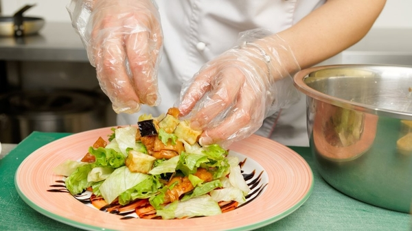 Factors contributing to foodborne illness