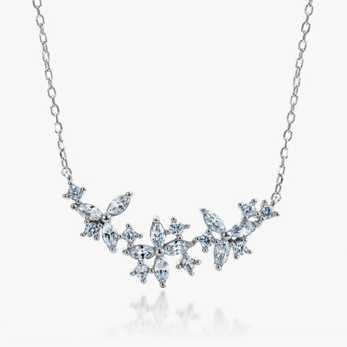 GORGEOUS SILVER NECKLACE