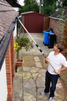 Pro Gutter Cleaning Equipment in stock and ready for same day despatch plus FREE DELIVERY