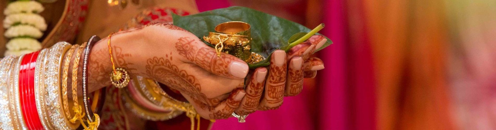 Hindhu Priest for Wedding Ceremony, Hindhu Priest UK, Hindu Priest London