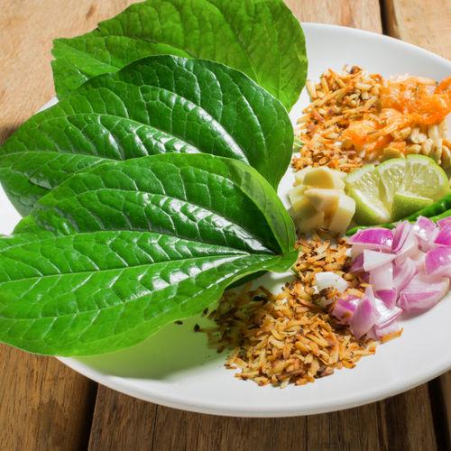Cha Plu Leaves (ใบชะพลู)