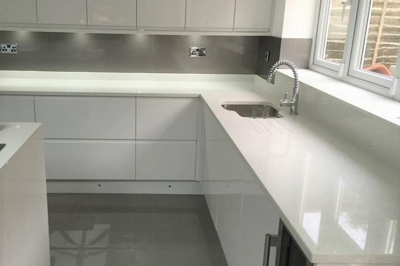 Quartz Kitchen Worktops, Granite Worktops, Kitchen Worktops London