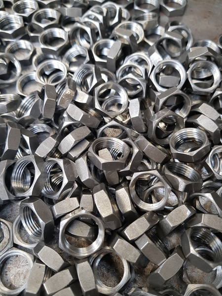 Pipe Nuts