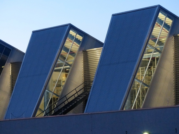 The advantages of steel commercial buildings