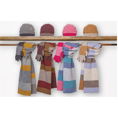 Robert Mackie Tiree Scarf, hat & glove set