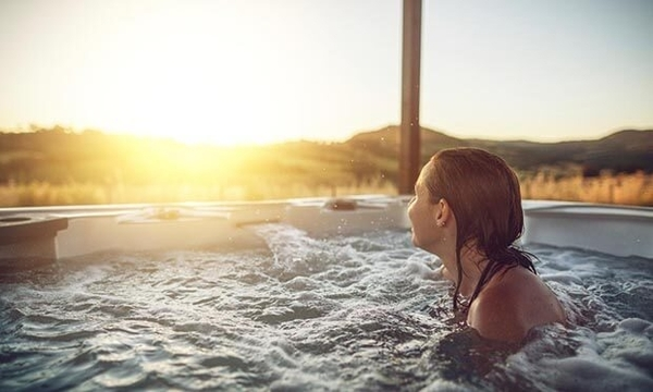Are There Any REAL Health Benefits To Soaking in a Hot Tub