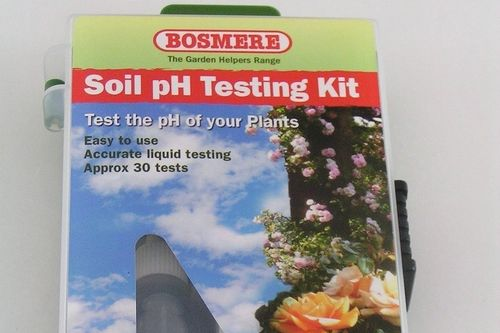 Garden soil pH test kit by Bosmere up to 30 tests