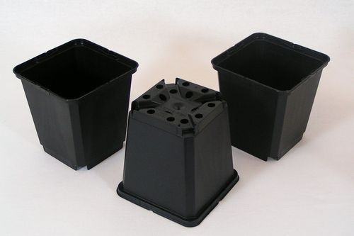 9cm Square plant pots strong black plastic