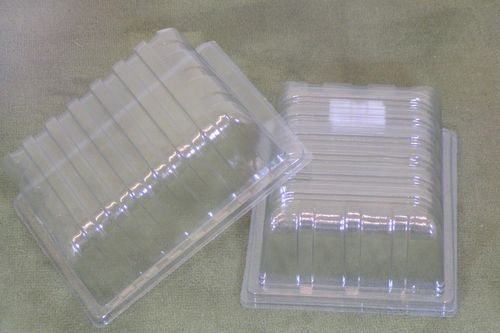 Clear plastic lids for half size seed starting trays