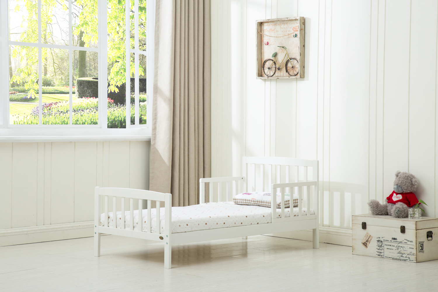 White Wooden Toddler Bed With Mattress 140 70 Mcc