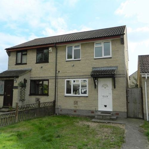 Three bedroom holiday Let 6 Kilburn dr Bridgwater Somerset
