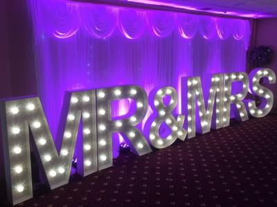Light up letters London Surrey Kent Giant LED Letters