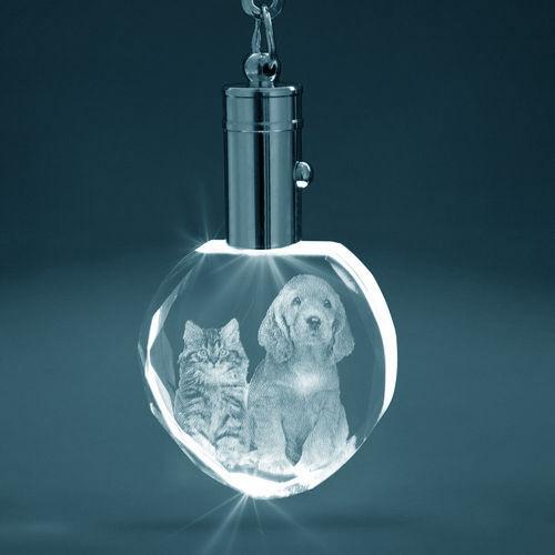 2D Crystal Heart Keyring