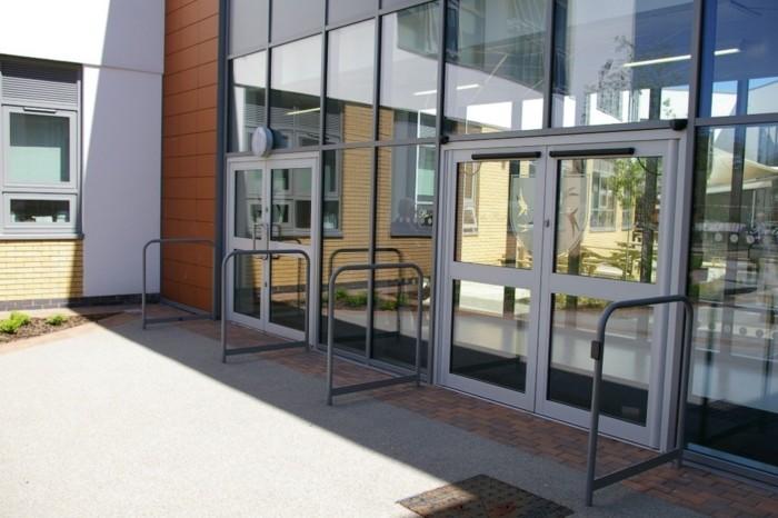 Thermal Commercial Door