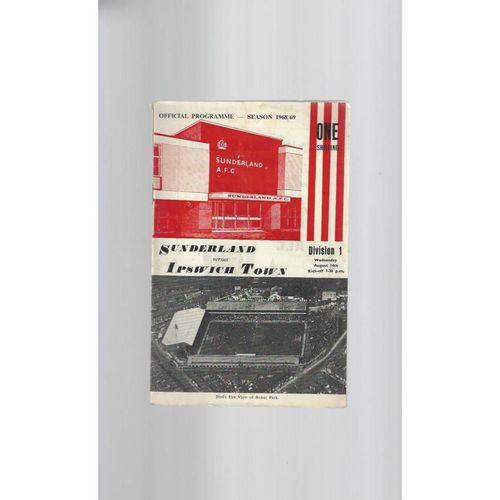 1968/69 Sunderland v Ipswich Town Football Programme + League Review