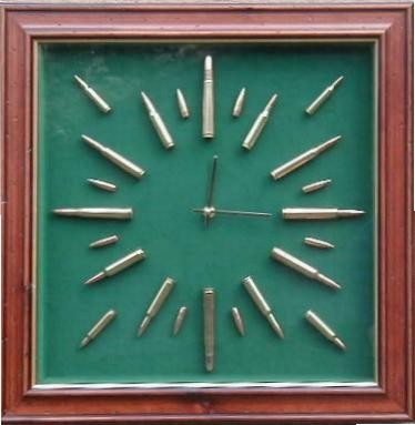 Military Rifle & Pistol Displays & Clocks
