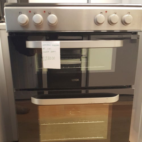 LOGIK LDOC60X17 60 cm Electric Cooker