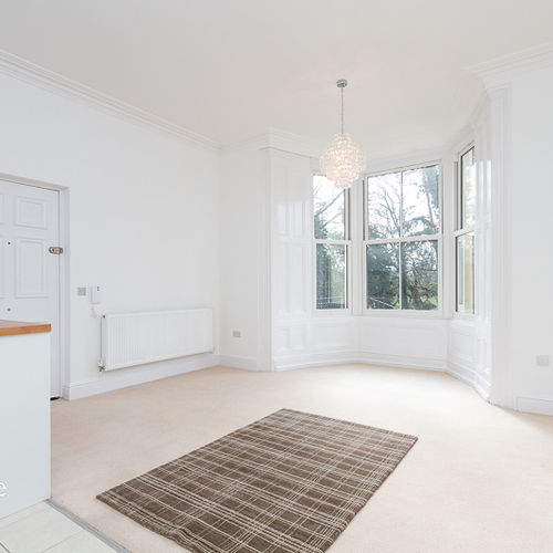 ALEXANDRA HOUSE BEACH ROAD PENARTH UNFURNISHED TWO BEDROOM DUPLEX