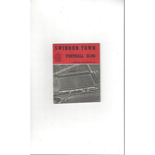 1962/63 Swindon Town v Watford Football Programme