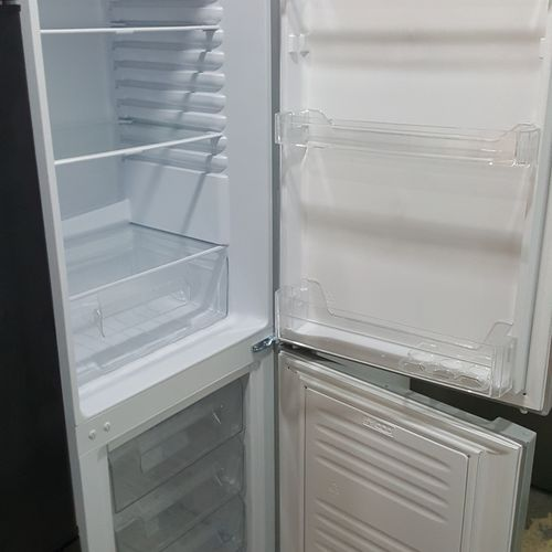 LOGIK LFF55S17 60/40 Fridge Freezer - Silver