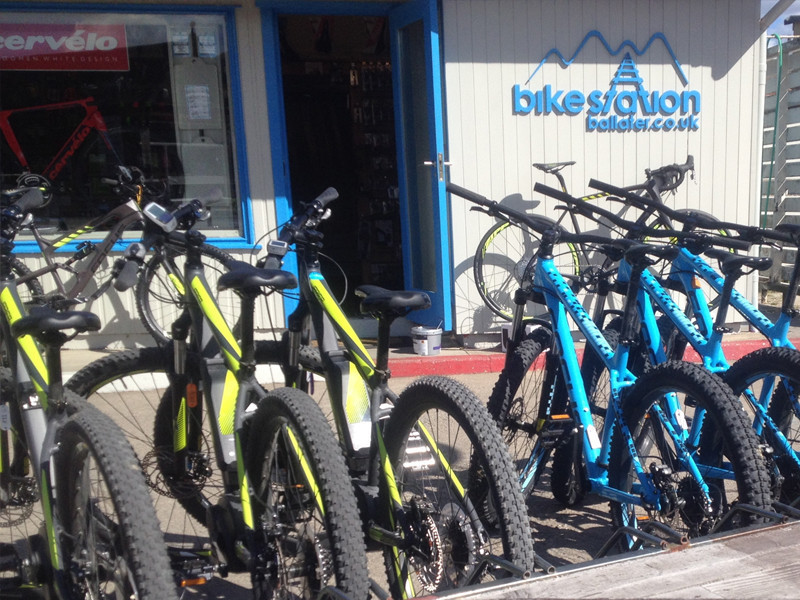 Bike Hire Ballater, Electric Bike Scotland, Carbon Road Bike Hire
