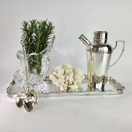 Ruffle rimmed Art Deco silver plated cocktail tray