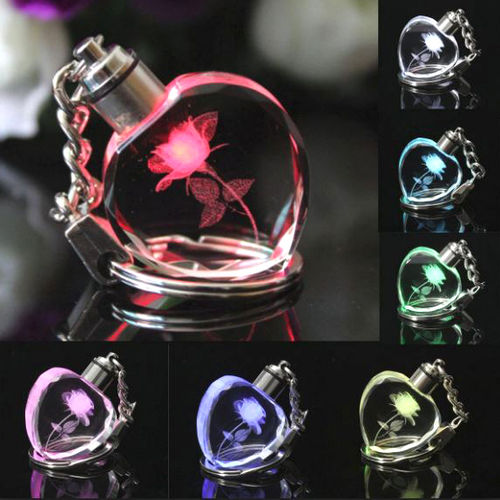 *New* 3D Crystal Heart Multi Colour Changing Keyring